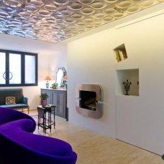 Отель Studios Paris Bed & Breakfast Le Jardin de Montmartre Париж интерьер отеля фото 2