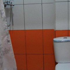 Отель Villa Kamelia 2 Албания, Голем - отзывы, цены и фото номеров - забронировать отель Villa Kamelia 2 онлайн ванная
