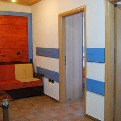 Отель Villa Kamelia 2 Албания, Голем - отзывы, цены и фото номеров - забронировать отель Villa Kamelia 2 онлайн комната для гостей фото 3
