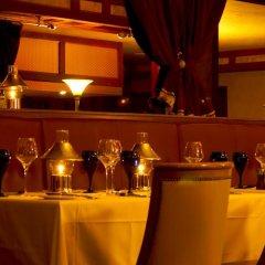 Отель Hilton Garden Inn Ras Al Khaimah гостиничный бар