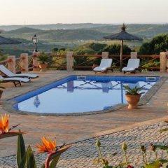 Отель Monte da Bravura Green Resort бассейн фото 3