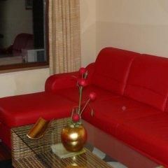 Апартаменты Luxury Apartment Zlatna Kotva Золотые пески комната для гостей фото 3