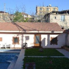 Отель Nork-Marash Villa бассейн