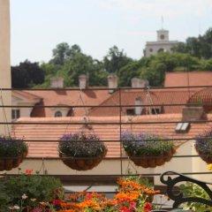 Отель Small Luxury Palace Residence Чехия, Прага - отзывы, цены и фото номеров - забронировать отель Small Luxury Palace Residence онлайн балкон