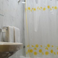 Hotel Oasis ванная