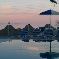 Отель Emmanouela Studios Греция, Остров Санторини - отзывы, цены и фото номеров - забронировать отель Emmanouela Studios онлайн бассейн фото 3