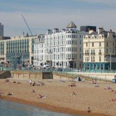 Queens Hotel пляж фото 2