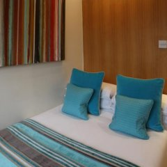 Mayflower Hotel and Apartments Лондон сейф в номере