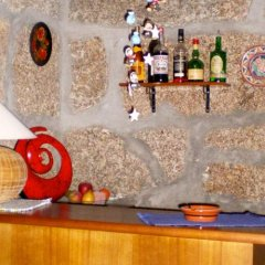 Отель Casa Das Vendas Португалия, Марку-ди-Канавезиш - отзывы, цены и фото номеров - забронировать отель Casa Das Vendas онлайн гостиничный бар