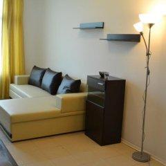 Апартаменты Duplex Penthouse Apartment Lipin комната для гостей