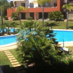 Отель Palm Village Португалия, Виламура - отзывы, цены и фото номеров - забронировать отель Palm Village онлайн бассейн