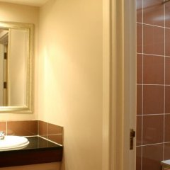 The Greyhound Hotel ванная