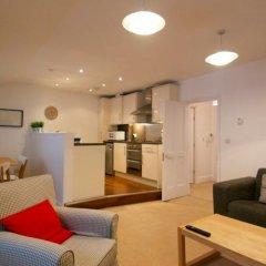 Апартаменты Acorn Gower Street Apartments Лондон комната для гостей фото 3