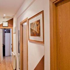Отель Hostal Abaaly Испания, Мадрид - 4 отзыва об отеле, цены и фото номеров - забронировать отель Hostal Abaaly онлайн интерьер отеля фото 2