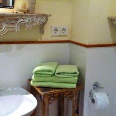 Отель Salzburg Place To Stay Австрия, Зальцбург - отзывы, цены и фото номеров - забронировать отель Salzburg Place To Stay онлайн ванная
