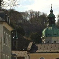 Отель Salzburg Place To Stay Австрия, Зальцбург - отзывы, цены и фото номеров - забронировать отель Salzburg Place To Stay онлайн балкон