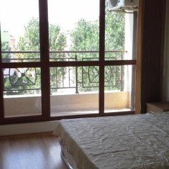 Апартаменты Igor Apartment in Pacific 3 Солнечный берег комната для гостей фото 2