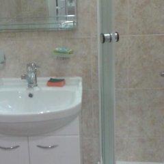 Гостиница Zheleznovodsk Apartment в Железноводске отзывы, цены и фото номеров - забронировать гостиницу Zheleznovodsk Apartment онлайн Железноводск ванная