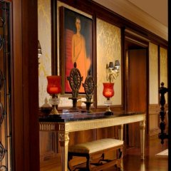 Отель The Leela Palace New Delhi Нью-Дели интерьер отеля