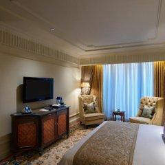 Отель The Leela Palace New Delhi Нью-Дели комната для гостей фото 2