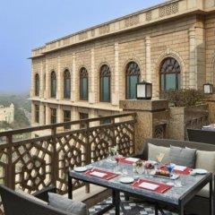 Отель The Leela Palace New Delhi Нью-Дели балкон