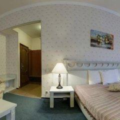 Four Rooms Отель комната для гостей фото 3