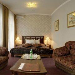 Four Rooms Отель комната для гостей фото 4
