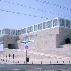 Отель Pensao Residencial Camoes парковка