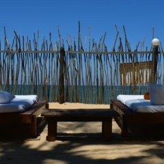 Отель Coco Villa Boutique Resort Шри-Ланка, Берувела - отзывы, цены и фото номеров - забронировать отель Coco Villa Boutique Resort онлайн бассейн фото 2