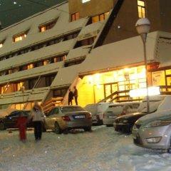 Hotel Ela парковка