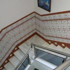Отель Hostal Guillot Торремолинос