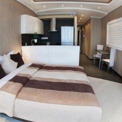 Апартаменты VIP Apartment комната для гостей