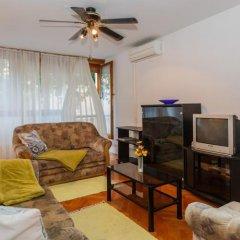 Апартаменты Apartment Mala Mare комната для гостей фото 2