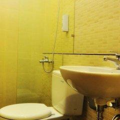 Отель Alia Home Sanur Индонезия, Бали - отзывы, цены и фото номеров - забронировать отель Alia Home Sanur онлайн ванная