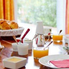 Отель Le Mûrier Франция, Тулуза - отзывы, цены и фото номеров - забронировать отель Le Mûrier онлайн питание