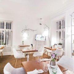 Отель Apartamenty Ambasada Польша, Варшава - отзывы, цены и фото номеров - забронировать отель Apartamenty Ambasada онлайн гостиничный бар
