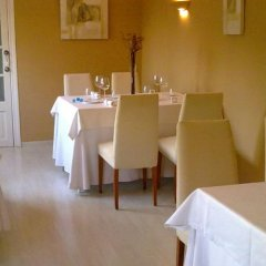 Отель Hostal Lleida питание