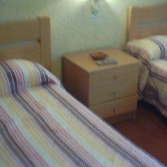 Отель Hostal Lleida комната для гостей фото 4