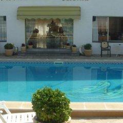 Отель Hostal Lleida бассейн фото 2
