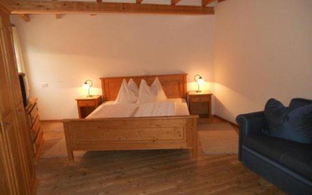 Hotel Garni Zum Hirschen Маллес-Веноста комната для гостей