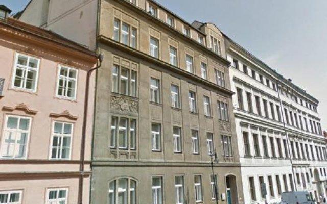Отель Ubytovací Zařízení AMU вид на фасад
