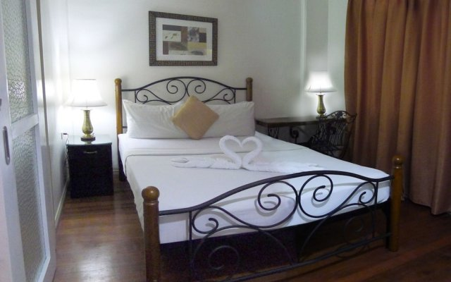 Отель 1775 Adriatico Suites Филиппины, Манила - отзывы, цены и фото номеров - забронировать отель 1775 Adriatico Suites онлайн вид на фасад