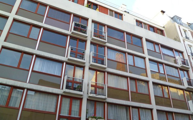Отель Titon вид на фасад