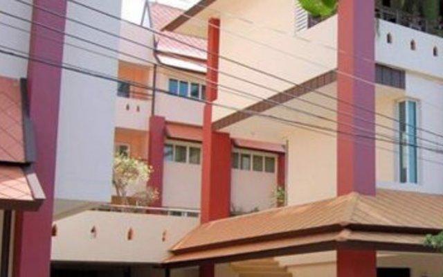 Отель Rm Wiwat Apartment Таиланд, Паттайя - отзывы, цены и фото номеров - забронировать отель Rm Wiwat Apartment онлайн вид на фасад