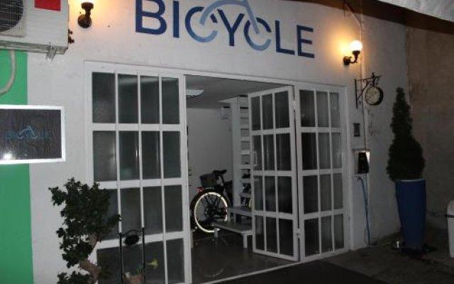 Bicycle Belgrade Hostel Белград вид на фасад