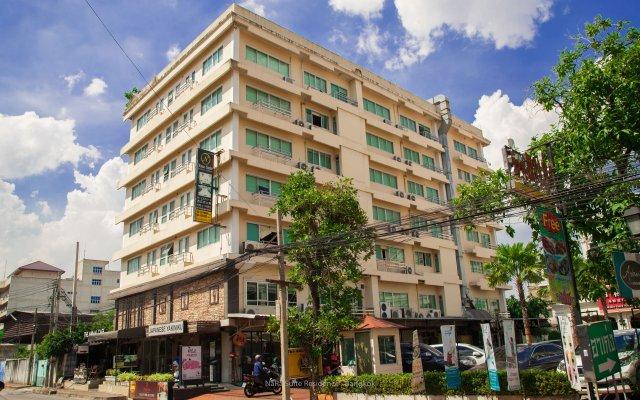 Отель Nara Suite Residence Бангкок вид на фасад