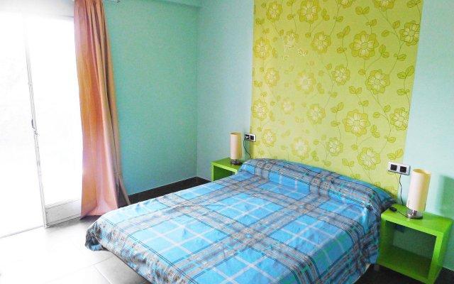 Отель Santa Cruz - INH 27247 Бланес комната для гостей