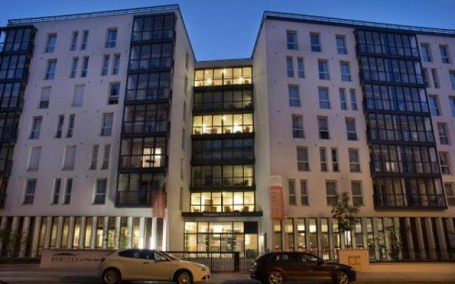 Отель Domitys Le Pont des Lumières Франция, Лион - отзывы, цены и фото номеров - забронировать отель Domitys Le Pont des Lumières онлайн вид на фасад