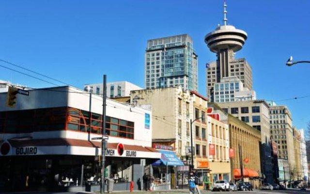 Отель Vancouver Hideaway Guesthouse Канада, Ванкувер - отзывы, цены и фото номеров - забронировать отель Vancouver Hideaway Guesthouse онлайн вид на фасад