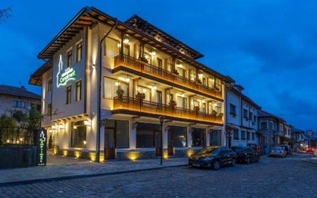 Hotel Compliment Трявна вид на фасад